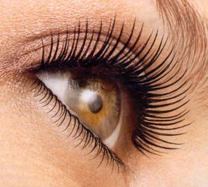 Mascara Ads with False Lashes are False Advertising - Rachael Pontillo